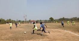 শিবগঞ্জে প্রীতি ফুটবল প্রতিযোগিতা অনুষ্ঠিত