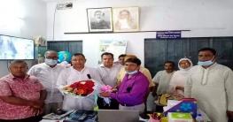 শাজাহানপুরে আড়িয়া-রহিমাবাদ উচ্চ বিদ্যালয়ে ফুলের শুভেচ্ছা